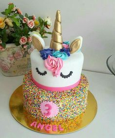 Sprinkles inside white cake... Unicorn frosting