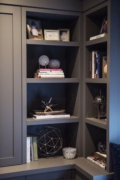 #bookshelf, #painted-furniture, #gray  Photography: Heather Talbert  Read More: http://www.stylemepretty.com/living/2014/05/20/bold-family-home/