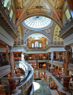 ✯ Ceasars New Palace - Las Vegas, NV