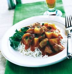 Serve this delicious curried chicken dish with steamed basmati rice or Indian flatbreads.