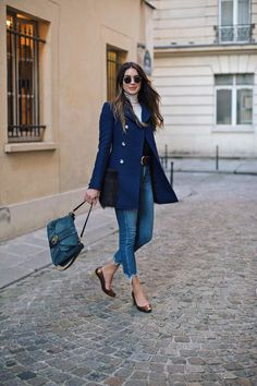 This is a look I wore during the beginning of Paris fashion week and it kept me feeling stylish and comfortable for exploring after the shows.