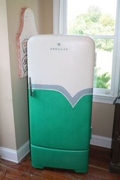 1950 s retro fridge makeover, appliances, diy, home decor, painting, repurposing upcycling, After                                                                                                                                                     More
