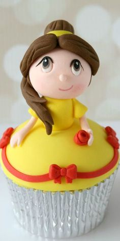 Princess Belle Cupcake
