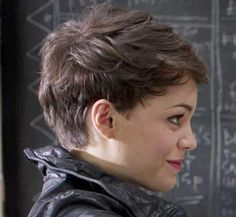 20 Very Short Pixie Cuts