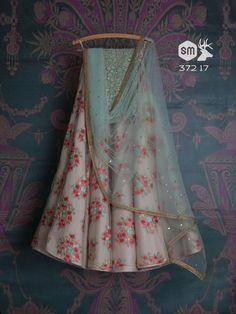 17 Pretty Lehengas to Crush on from Swati Manish's 2018 Collection! 17 Pretty Lehengas to Crush on from Swati Manish's. Indian Gowns Dresses, Indian Fashion Dresses, Indian Designer Outfits, India Fashion, Fashion Suits, Indian Designers, Groom Fashion, Designer Clothing, Hijab Fashion