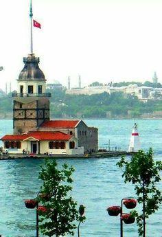Maiden's Tower, Istanbul. Wonderful Places, Beautiful Places, Turkey Holidays, Turkey Photos, Turkish Art, Turkey Travel, City Landscape, Landscape Pictures, Istanbul Turkey