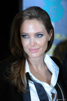 Angelina Jolie❤ ..