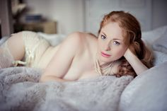 boudoir-photos-uk-kate-hopewell-smith-photography-37