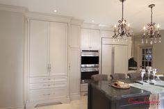 #customkitchen #whitekitchen #traditionalkitchen #framedkitchen #customcabinets Kitchen Reno, Kitchen Cabinets, Kitchens, Home Decor, Decoration Home, Room Decor, Cabinets, Kitchen, Cuisine