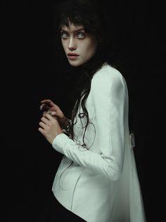 Fear | Nhu Xuan Hua | Vogue.IT