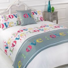 SUPER KING SIZE - DUVET COVER SET WITH RUNNER & CUSHION COVER IN NEON COLOURS: Amazon.co.uk: Kitchen & Home