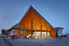 Centro Cultural e Esportivo ZHOUSHI / UDG YangZheng Studio