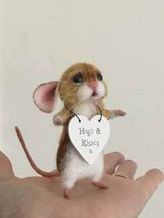 Best 12 Needle Felted Pet Mouse Custom Poseable Realistic Life Sized by Claudia Marie Felt – SkillOfKing. Needle Felted Animals, Felt Animals, Wet Felting, Needle Felting, Monkey Doll, Bear Character, Diy Crafts How To Make, Pet Mice, Felt Mouse