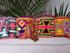 Small Colombian Handmade Ecstasy #Wayuu Mochila $40.00 #mochilaswayuu