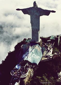 FIFA World Cup 2014 in Brazil...In love with this statue. I want to draw it.