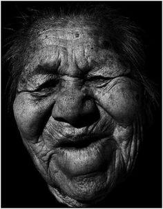 ✿ڿڰۣ(̆̃̃•Aussiegirl ---86 year-old Navajo Native American woman.