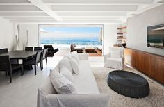 Jazzy Beach Home Presenting Breezy Style: Incredible Malibu Beach House Interior For Living Room Used White Traditional Sofa Furniture And Modern Coffee Table Used Black Color Design Ideas Living Room Modern, Living Room Sets, Mediterranean Living Rooms, Casa Hotel, Malibu Beach House, Malibu Homes, Interior Architecture, Interior Design, Malibu Beaches
