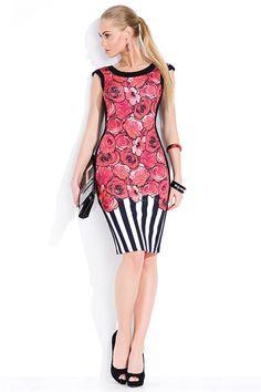Cucereste prin stil si eleganta! O rochie clasica, dar cu imprimeu de efect. Floral, Dresses, Fashion, Vestidos, Moda, Fashion Styles, Flowers, Dress, Fashion Illustrations
