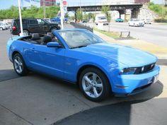 want this 2012 Mustang 5.0 Convertible.
