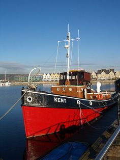 Tug boat basin No 1 Chatham Old Boats, Small Boats, Make A Boat, Fishing Vessel, Boat Accessories, Boat Design, Power Boats, Luxury Yachts, Wooden Boats