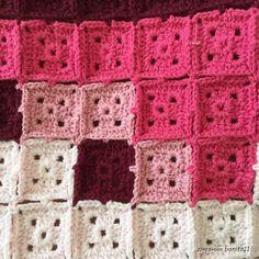 Transcendent Crochet a Solid Granny Square Ideas. Inconceivable Crochet a Solid Granny Square Ideas. Crochet Afghans, Pixel Crochet Blanket, Crochet Quilt, Crochet Blocks, Crochet Squares, Crochet Blanket Patterns, Crochet Granny, Filet Crochet, Crochet Motif