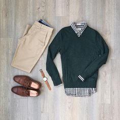 Is today the day I finally get to wear a sweater without being ridiculed? Men Fashion Show, Daily Fashion, Boy Fashion, Mens Fashion, Fashion Outfits, Fashion Sets, Style Fashion, Outfit Grid, Outfit Work