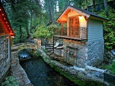 WOW! You MUST See This Amazing Storybook Cottage/Cabin!! You're Going to Want To Run to Utah!! - Likes