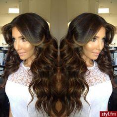 gorgeous hair #brunette #waves