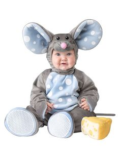 The Baby Lil Mouse Costume Toddler is the best 2018 Halloween costume for you to get! Everyone will love this Baby/Toddler costume that you picked up from Wholesale Halloween Costumes! Baby Animal Costumes, Cute Baby Halloween Costumes, Halloween Bebes, Wholesale Halloween Costumes, Toddler Costumes, Baby Mouse Costume, Infant Halloween, Spirit Halloween, Halloween Clothes