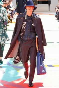 See all the Collection photos from Burberry Prorsum Spring/Summer 2015 Menswear now on British Vogue Burberry Prorsum, Burberry Men, Burberry Print, Spring 2015 Fashion, Spring Summer 2015, Mens Fashion Week, Fashion Show, Fashion Design, Men's Fashion