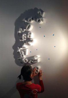 Kumi Yamashita créant une œuvre d'art à partir d'ombres et de lumières. Un vrai prodige