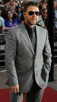 here's the grey suit, black/charcoal suit. i think it could look v. classy with a red tie and vest, but also, not summery.