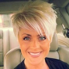 Do you want a new trendy haircut for the spring-summer 2019 season? Well, one of the most trendy haircuts this year is the pixie haircut. Long Bob Hairstyles, Short Hairstyles For Women, Short Haircuts, Hairstyle Short, Hairstyles Haircuts, Blonde Haircuts, Hairstyle Ideas, Boy Haircuts, Short Hair Cuts For Women Trendy