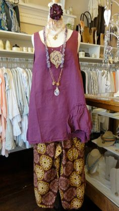 Tina Givens Sugar Plum top in Hollyhock. Shown over the Jane Pant in Doily Wine Print. fb.com/mimibellafinelinenwear