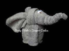 Made from two grey baby washcloths, this elephant creation is a great addition to any diaper cake!  OR, order a few as party favours or gifts for your elephant-loving friends!  Wash cloths are 100% usable once disassembled!