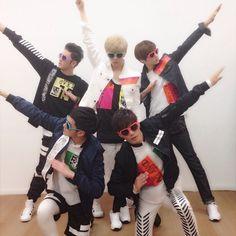 Aron, JR, Baekho, Ren, Minhyun NU'EST