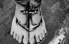 Anchor tattoo. Don't usually like foot tattoos but this is pretty rad.