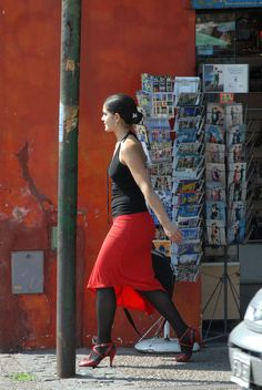 Street tango dancer on her way to work | by StevenMiller