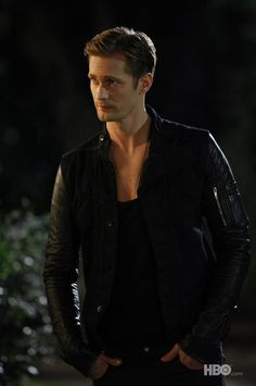 Your favorite vampire may be heading back to Bon Temps sooner then you think. When we last left Eric Northman (played by Alexander Skarsgard) in the Season 6 finale of True Blood , Eric was naked, reading a book, and burning alive on top of a… Slytherin, Ragnor Fell, Eric Northman True Blood, Skarsgard Family, Werner Herzog, Gemini, Hot Vampires, Le Male, Eric Bana