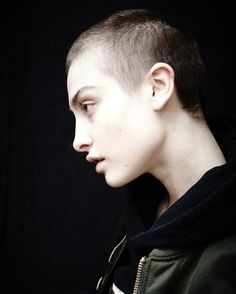 Lera Abova by Benjamin Tietge Really Short Haircuts, Short Hair Cuts, Short Hair Styles, Barbers Cut, Bald Girl, Bald Women, Androgyny, Pixie Cut, Cut And Style