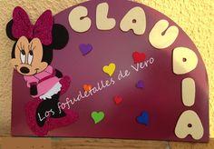 Cartel con nombre en goma eva Minnie
