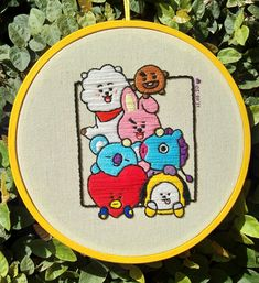 Basic Embroidery Stitches, Hand Embroidery Videos, Simple Embroidery, Hand Embroidery Stitches, Embroidery Hoop Art, Embroidery Patterns, Tod Bag, Cross Stitch Designs, Cross Stitch Patterns