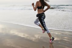 Mermaid 3/4 Run Leggings £70 http://www.sweatybetty.com/mermaid-3-4-run-leggings-prodsb646_greenalertwaterprintblack/