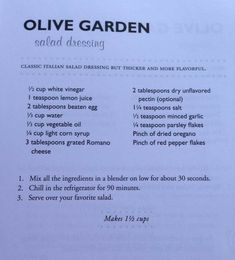 Olive Garden Salad Dressing -- but for safety!, leave out the raw egg! Olive Garden Dressing, Olive Garden Salad, Olive Garden Recipes, Copykat Recipes, Sauce Recipes, Cooking Recipes, Salate Warm, Food Styling, Olive Gardens