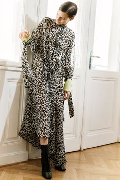 Petar Petrov Resort 2019 Paris Collection - Vogue