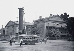 "The ""Bobtail"" streetcar operated by the New Orleans City Railroad in the 1880s"