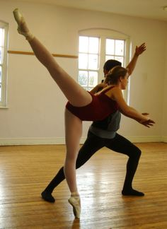 Beautiful turn-out ©Yuka Kodama Ballet Group