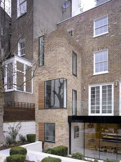 Really nice extension. Modern forms and glazing. www.methodstudio.london