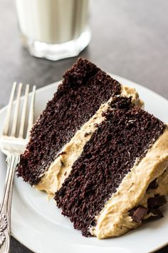 This Chocolate Cake with Creamy Peanut Butter Frosting is the ultimate indulgence! Easy and so delicious!