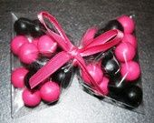 monster high party treats. Love the bow with gumballs! | Aubrey's Monster High Party